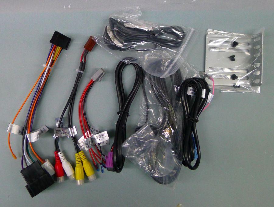 состав комплекта магнитолы Карпад 3